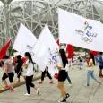 De jeunes chinois défilent pour que Pékin organise les JO d'hiver 2022