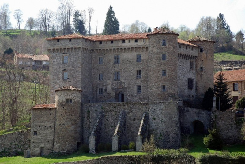 chateau-de-chalmazel-rhone-alpes